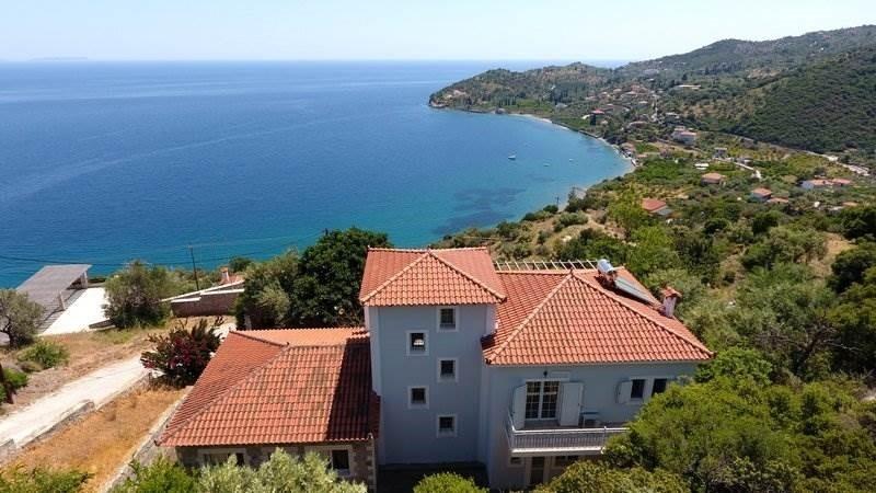 Hus – SRE568533 – Peloponnesos – Livadi
