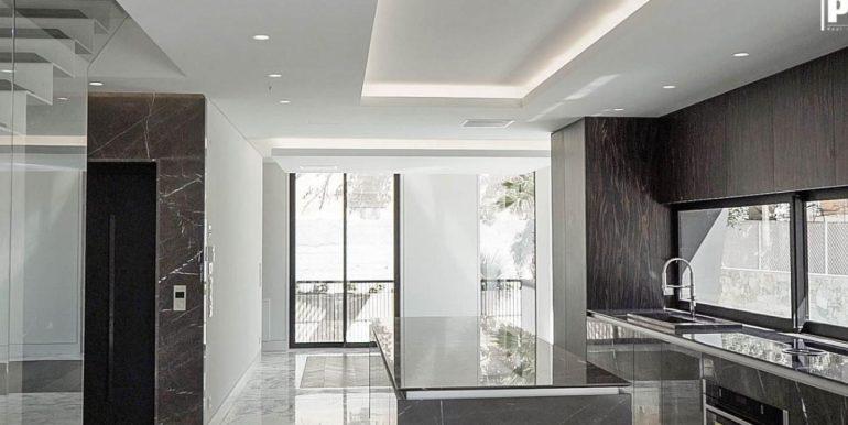 Penthouse- PMD2402 - Voula 12