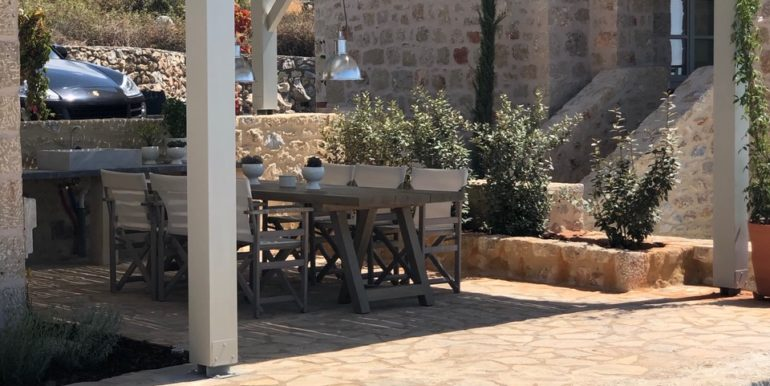 Villa-exterior-seating-area_IMG_1503