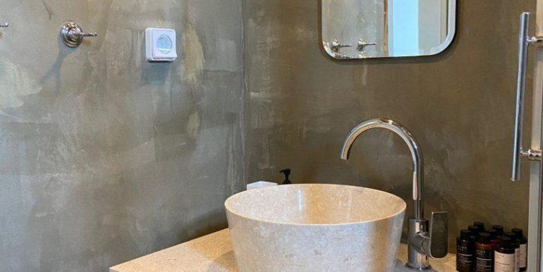 bathroom_6-e1596722952300